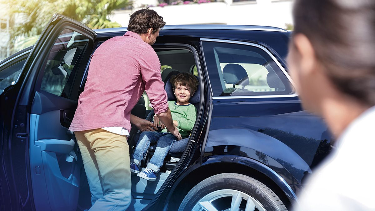 maxicosi_bebeconfort_axissfix_air_carseat_footer_image_desktop_1200x675.jpeg