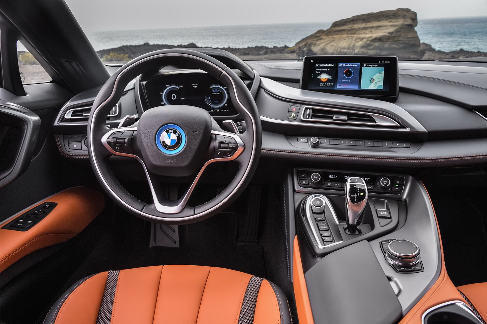 2019-BMW-i8-Roadster-Coupe-51.jpg