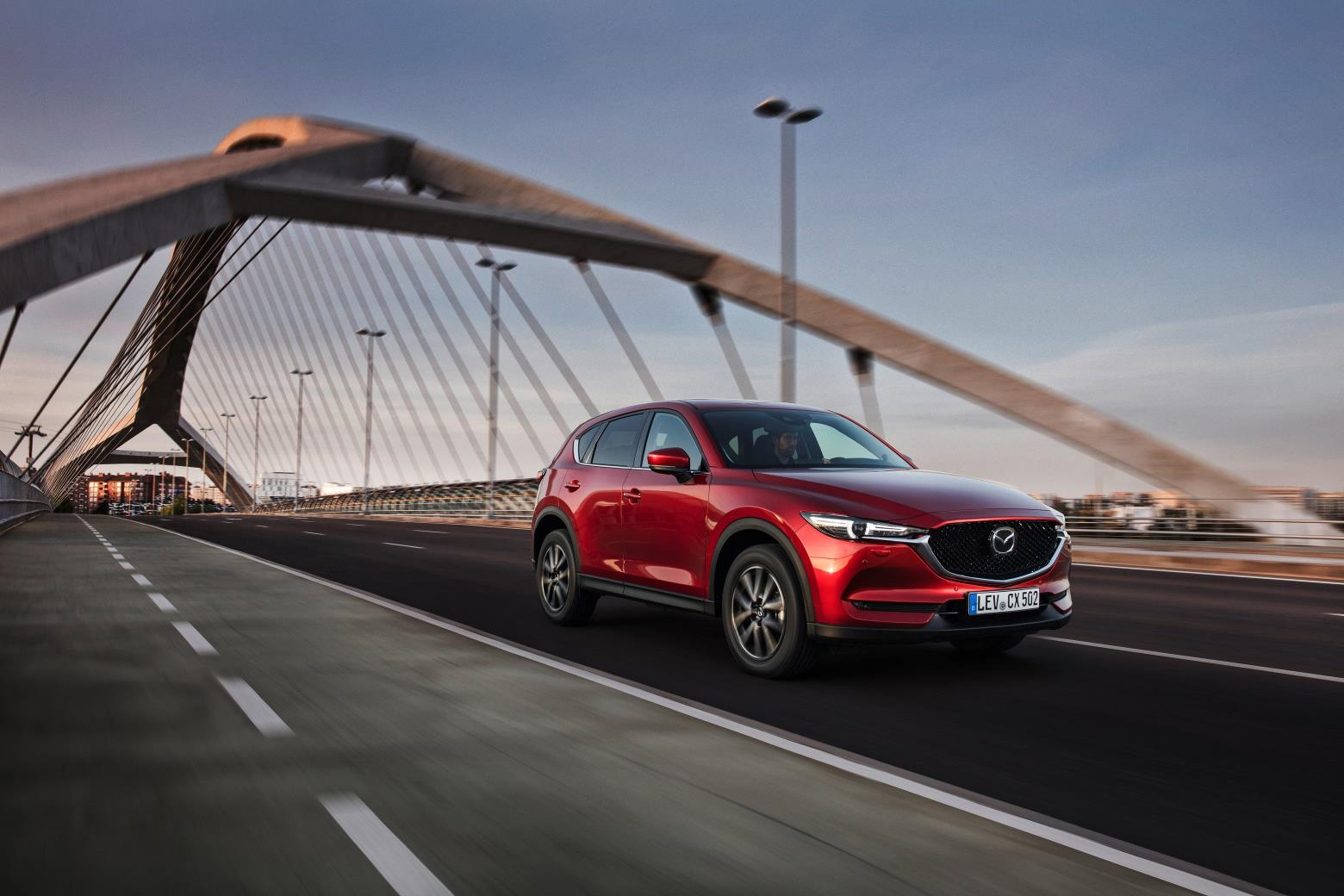 All-new-CX-5_BCN-2017_Action_02.jpg