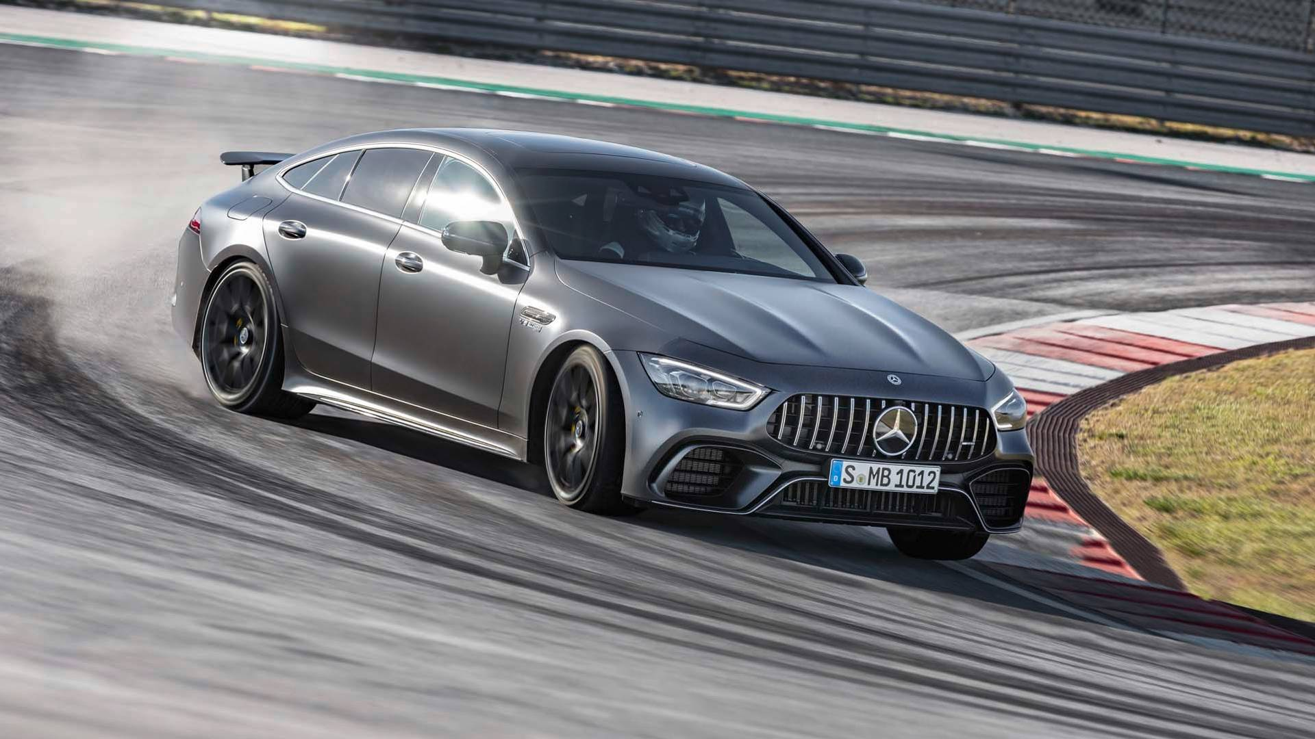 2019-mercedes-amg-gt-4-door-coupe (8).jpg