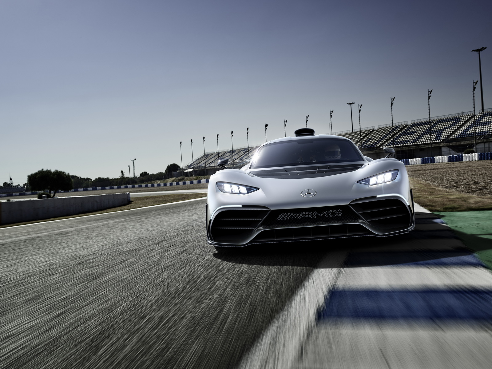 mercedes-amg-project-one-2.jpg