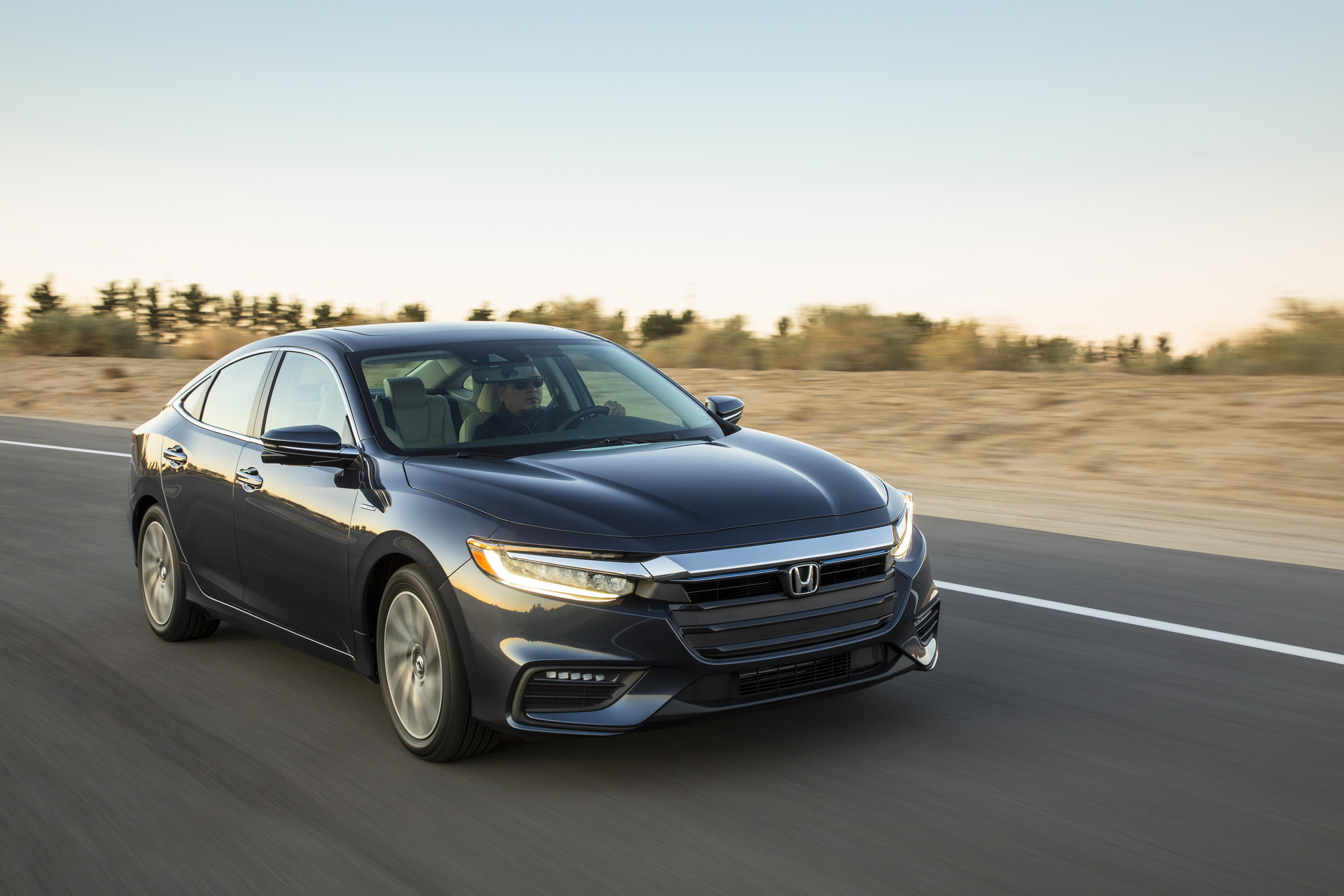 2019-HondaInsight-02.jpg