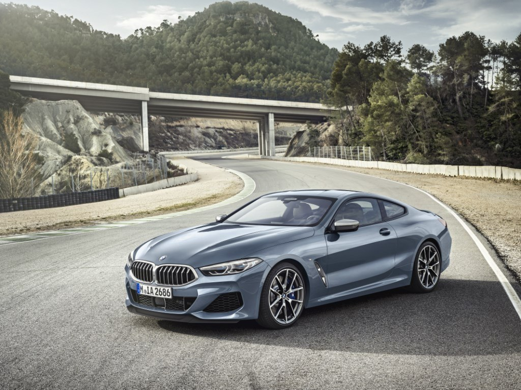 bmw-m850i-xdrive-coupe-2018.jpg