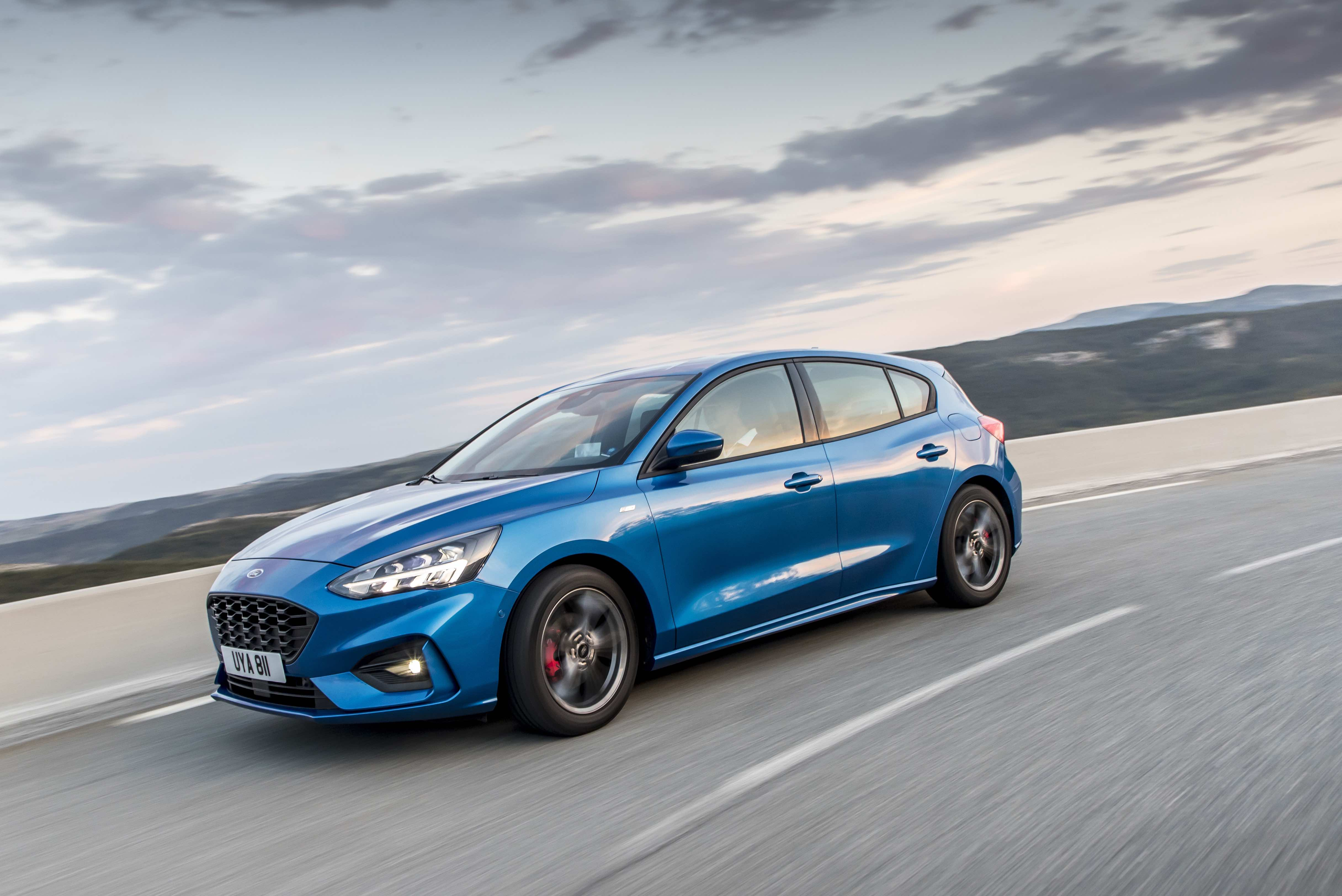 2018_FORD_FOCUS_DRIVE_ST-LINE__10.jpg