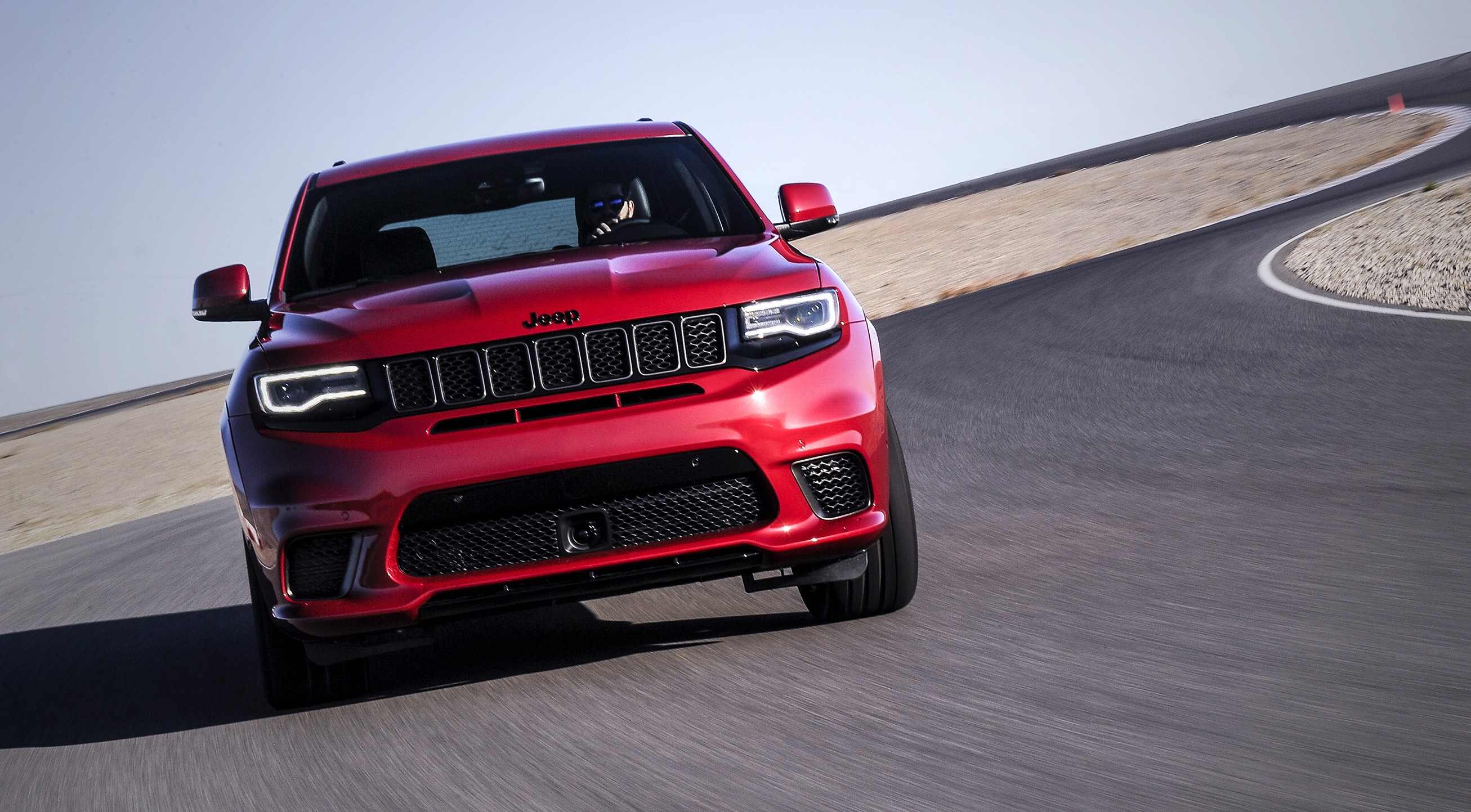 jeep_grand_cherokee_cr7_1.jpg