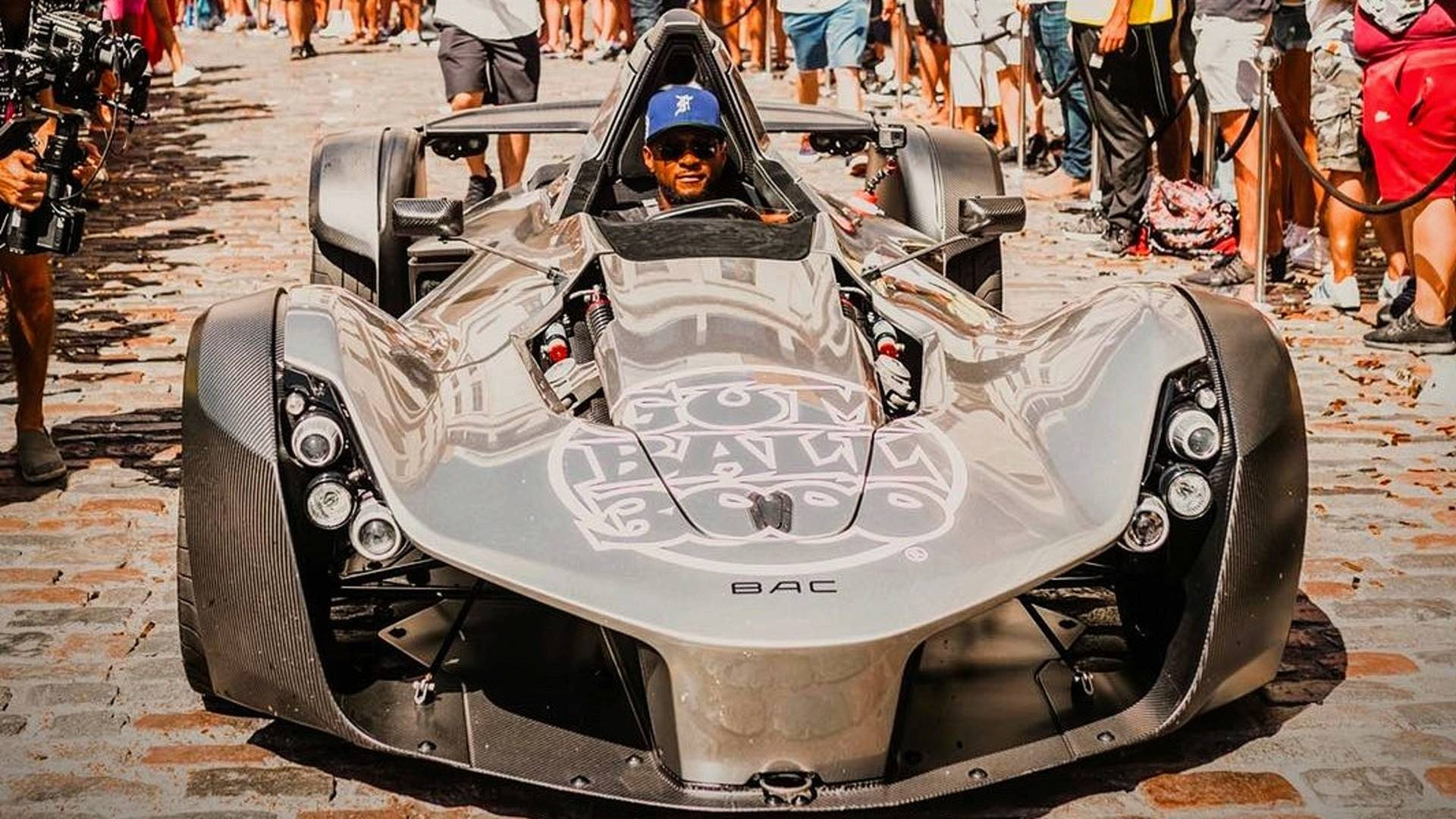 usher-takes-on-the-gumball-3000-in-a-bac-mono.jpg