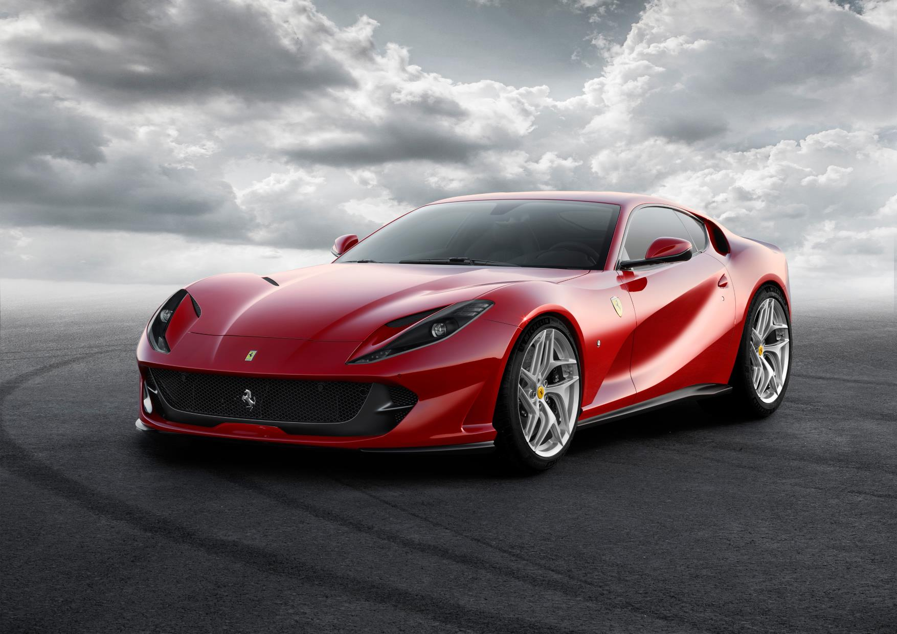 812 Superfast_ferrari.jpg