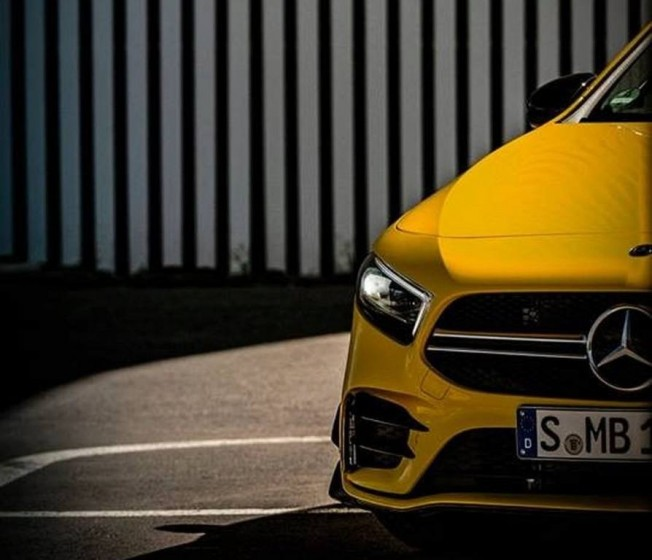 mercedes-amg-a-35-4matic-paris-teaser-201850194_2.jpg