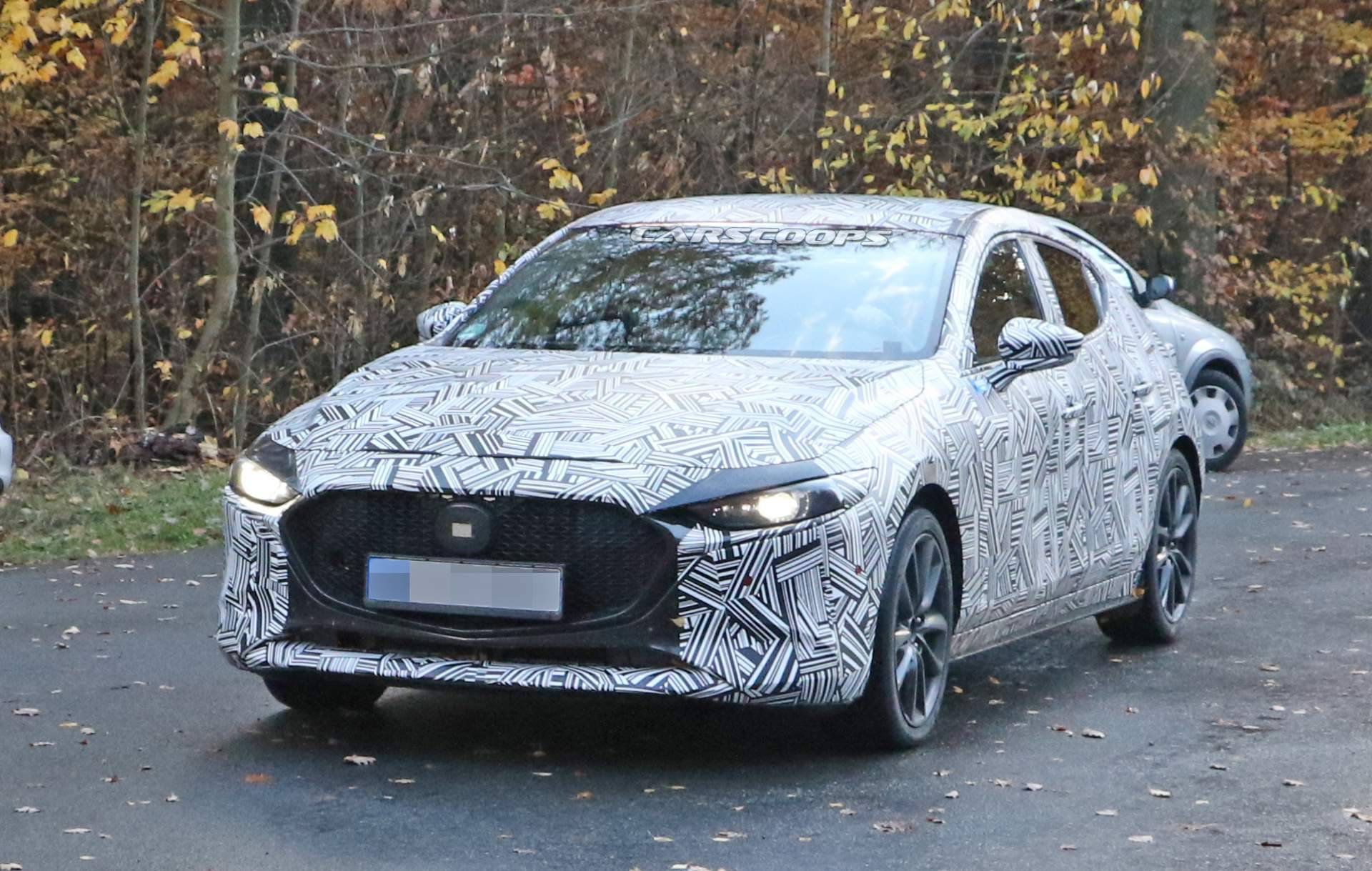 2019-mazda3-hatchback-spy-shots-7.jpg