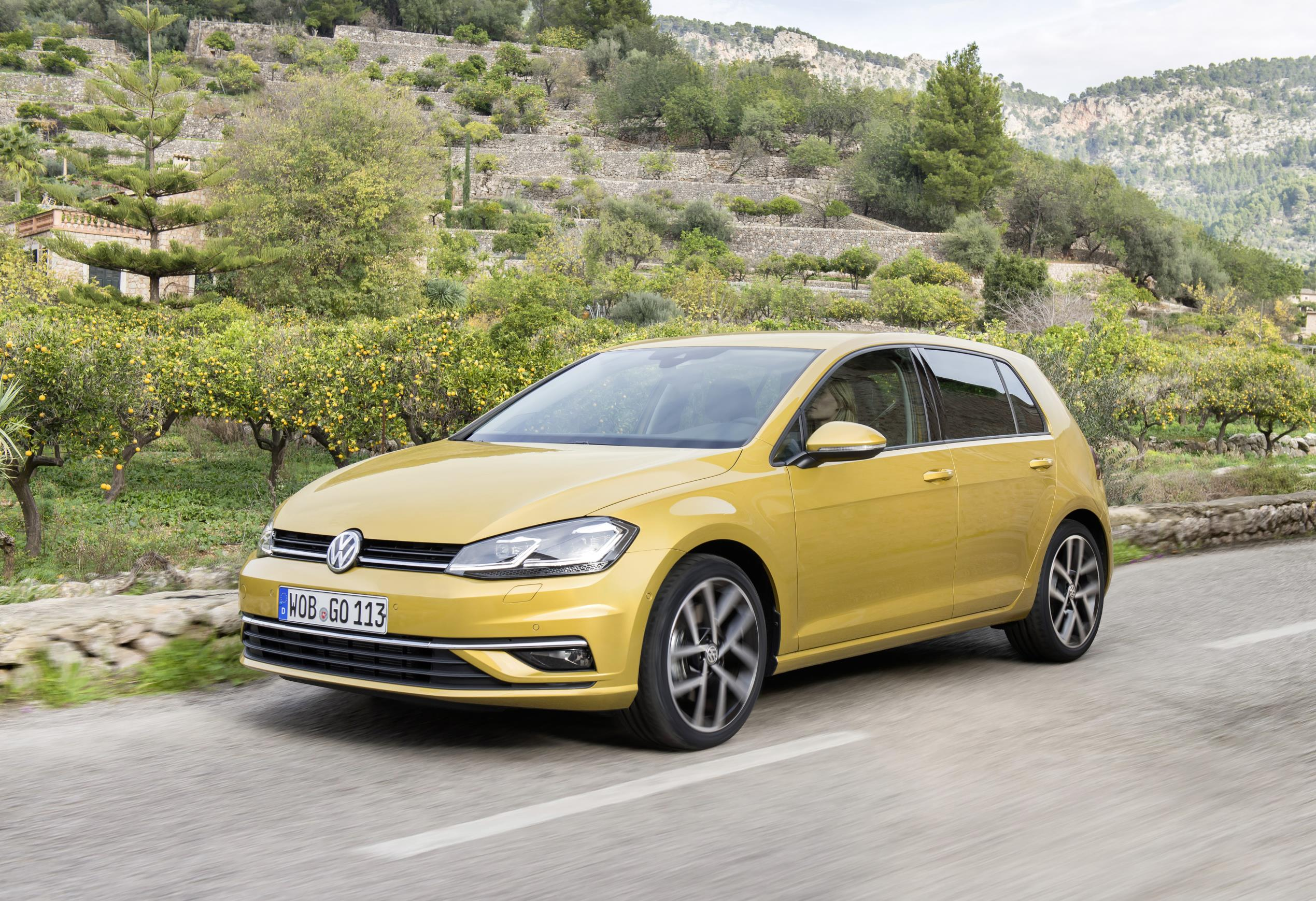 New Volkswagen Golf (6).jpg