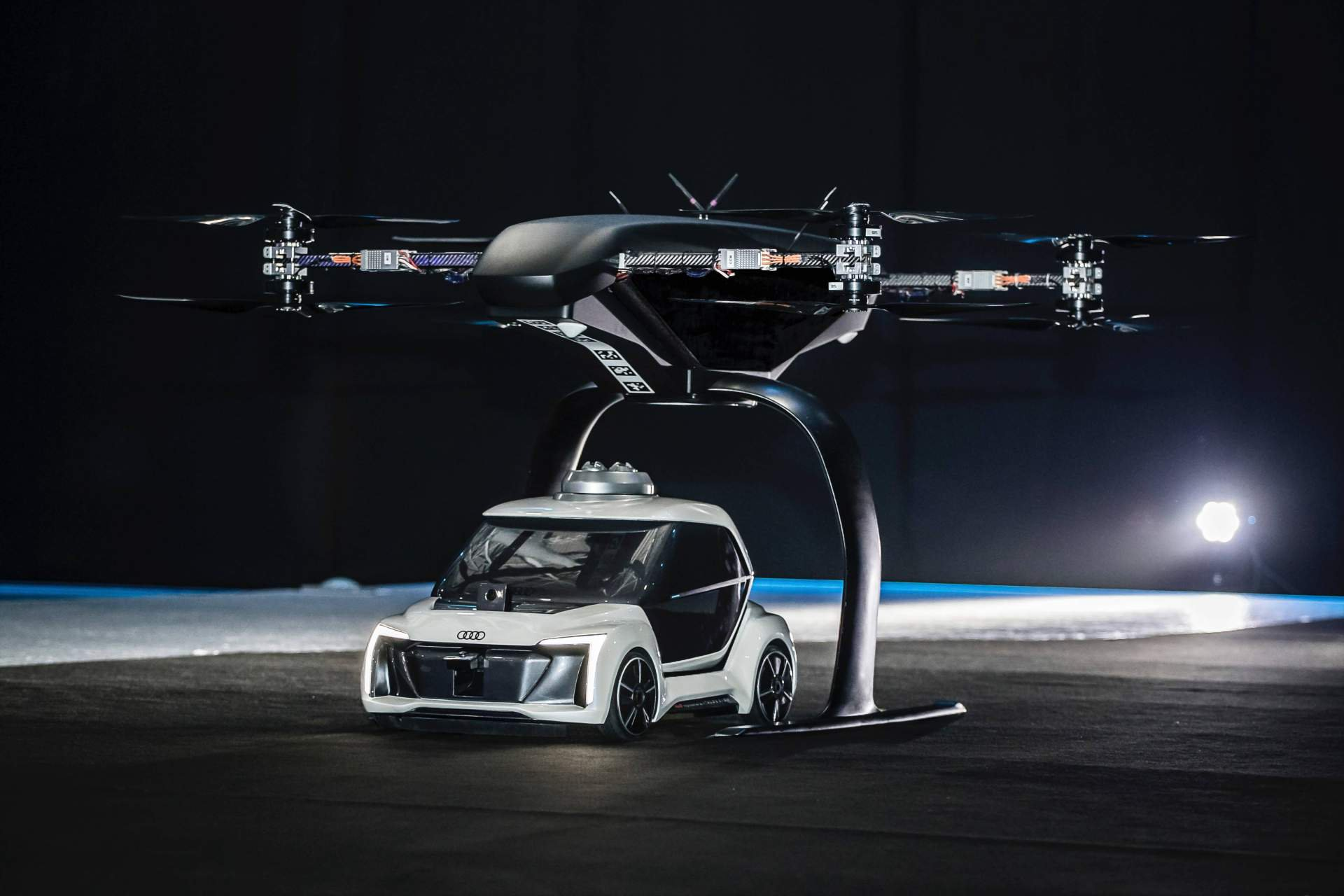 audi-pop.up-next-flying-taxi-7.jpg