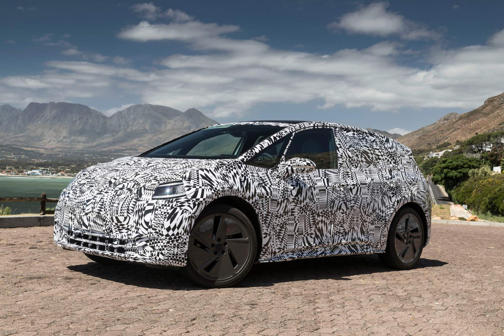 vw-id-hatch-test-prototype-4.jpg