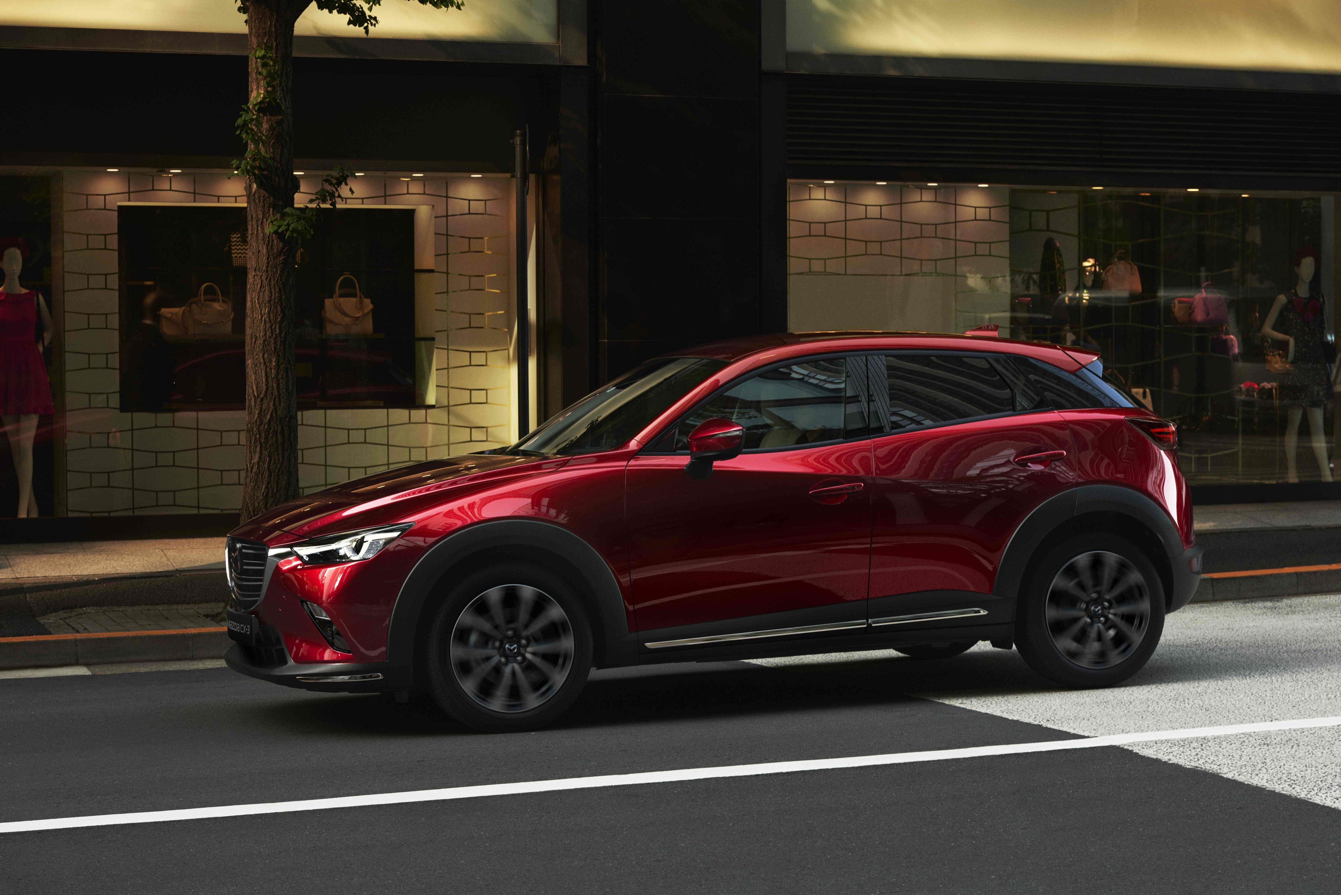 2018 CX-3_ New York Motor Show 2018_Exterior_4.jpg