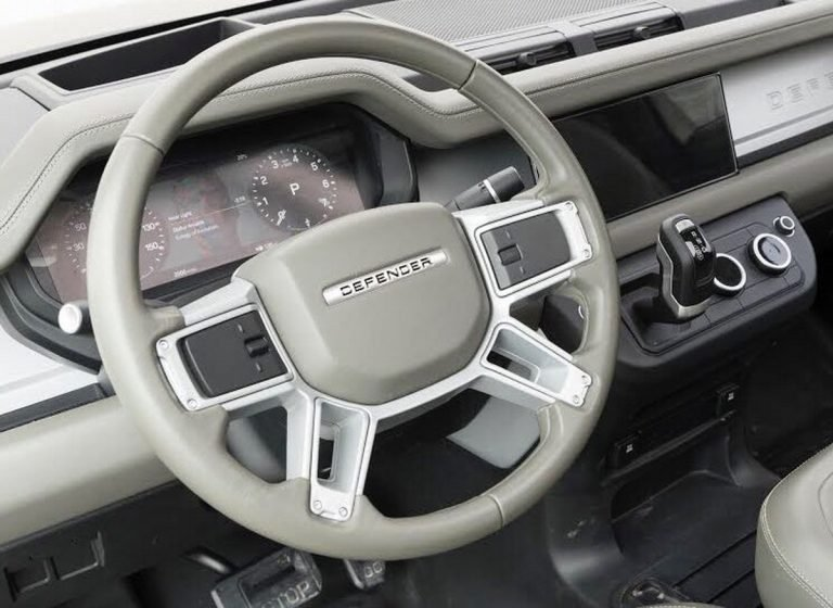 land-rover-defender-interior-leak-768x560.jpg