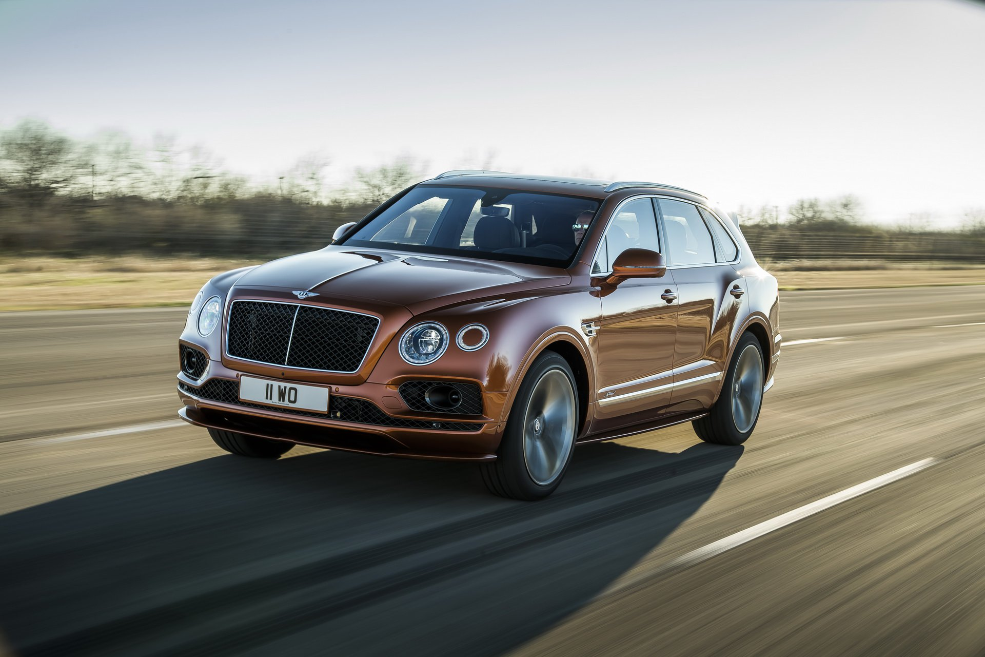 bentley-bentayga-speed-03.jpg