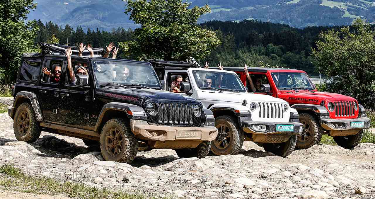 190404_Jeep_Jeep_4x4_Day_slider.jpg